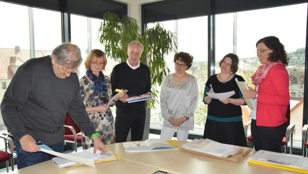 Foto (von links nach rechts): Jan Buchholz, Isa-Maria Röhrig-Roth , Prof. Jürgen Rieckhoff, Dr. Mareile Oetken, Rebecca Schmalz und Susanne Wunderlich